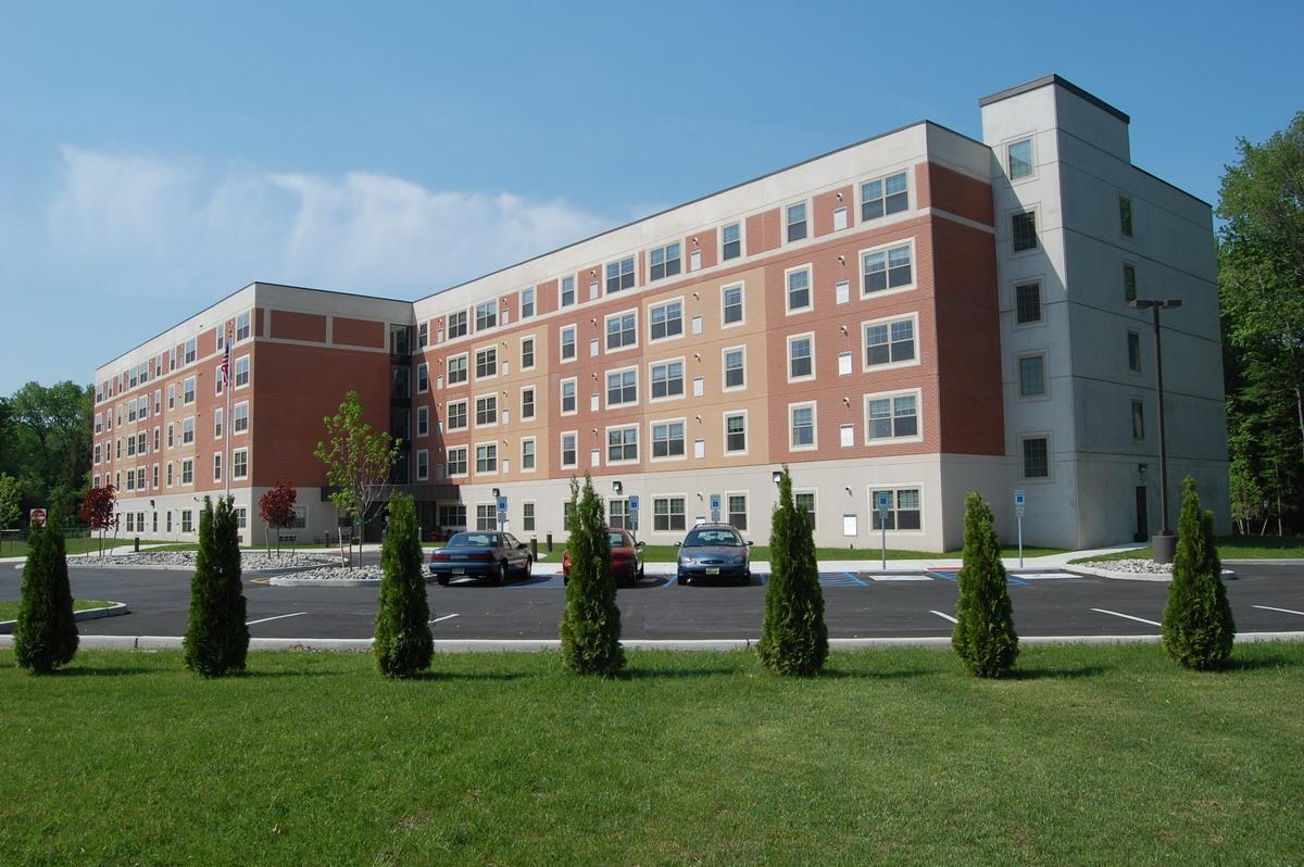 Tri county real estate maintenance co land development for Kent avenue apartments